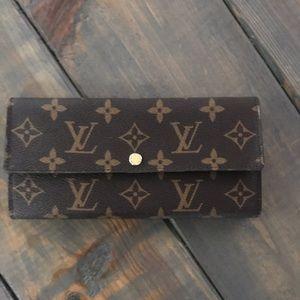 Louis Vuitton Monogram Canvas Trifold Wallet